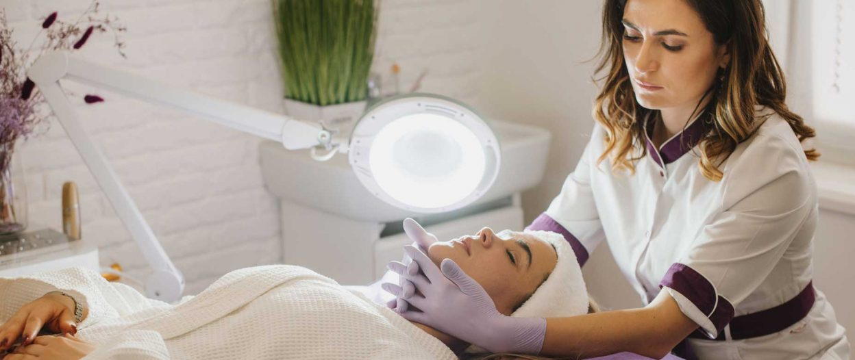 Erster bundesweiter Kollektivvertrag für Fußpflege und Kosmetik